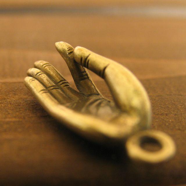 画像5: ブッダの手