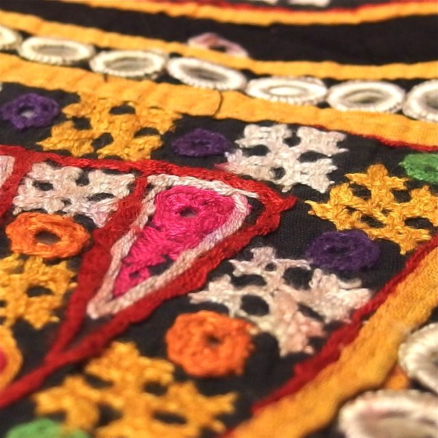 画像3: カッチ刺繍ワンショルダーバック