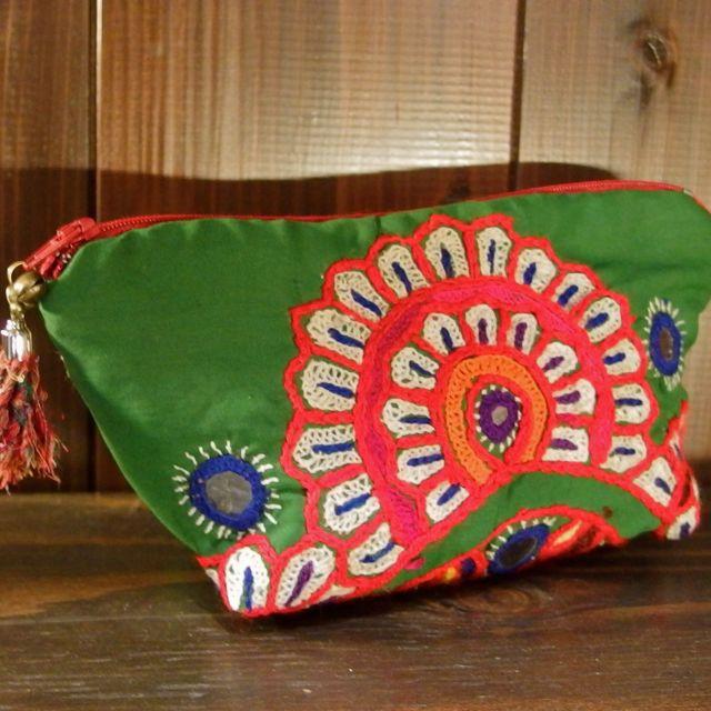 画像1: パキスタン刺繍ポーチ